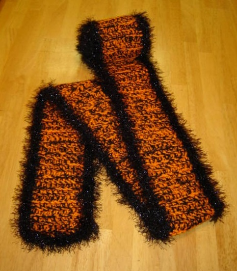 The Fuzzy Pirates Scarf! - An Aimless Life